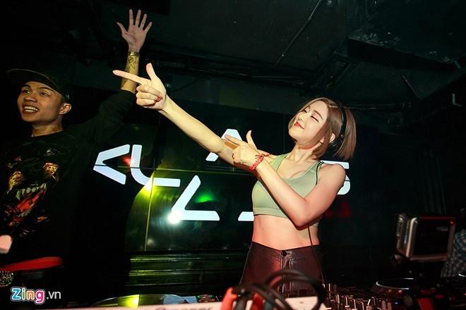 nu DJ den Viet Nam anh 9