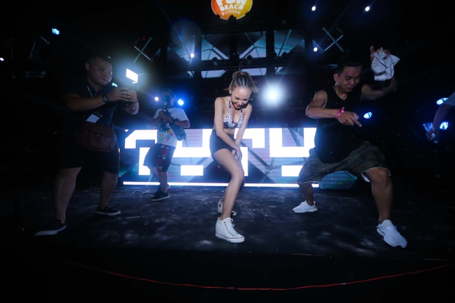 Nu DJ Top 4 EDM Viet Nam khuay dao khan gia Vung Tau hinh anh 5
