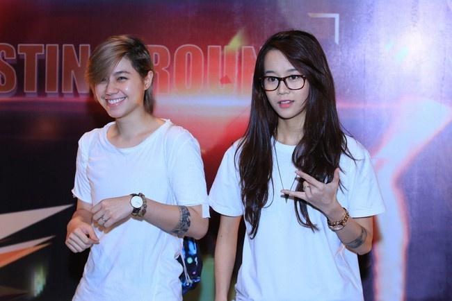 4 hot girl Viet thu thach ban than tren san catwalk hinh anh 8