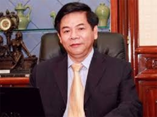 Nguyen pho chu tich Ngan hang ACB gui thu tu My hinh anh