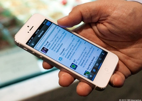 Lam ro vu vo mot dien vien bi to trom iPhone 5 hinh anh