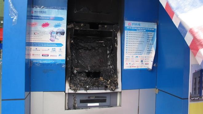 May ATM o Hai Phong bi dot pha hinh anh 1