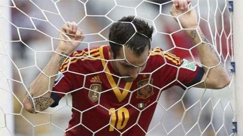 Tay Ban Nha co bao ve duoc ngoi vuong tai WC 2014 hinh anh 4