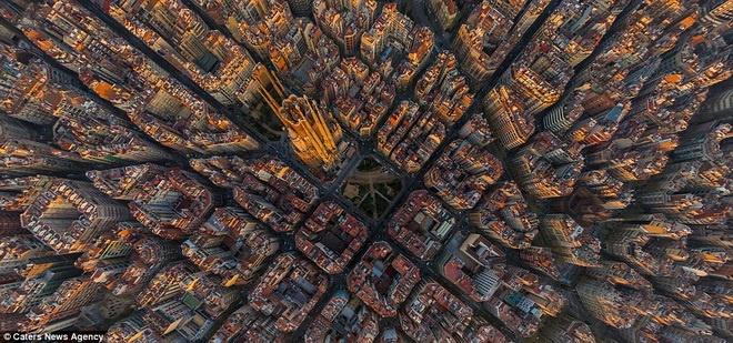 Man nhan voi nhung hinh anh tu tren cao cua cac thanh pho hinh anh 3 Thành phố Barcelona ở Tây Ban Nha.