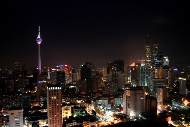 10 thap truyen hinh cao nhat the gioi hinh anh 7 Tháp KL, Kuala Lumpur, Malaysia cao 421m, khánh thành năm 1995 - Ảnh: mapsofworld.com.