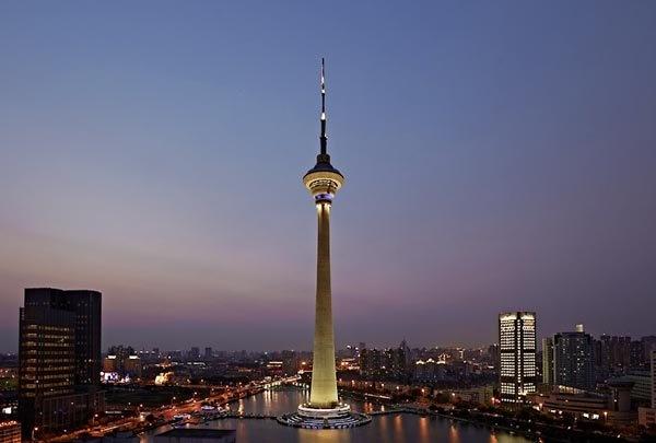 10 thap truyen hinh cao nhat the gioi hinh anh 8 Tháp Thiên Tân, Trung Quốc cao 415,2m, khánh thành năm 1991 - Ảnh: urdu-mag.com.