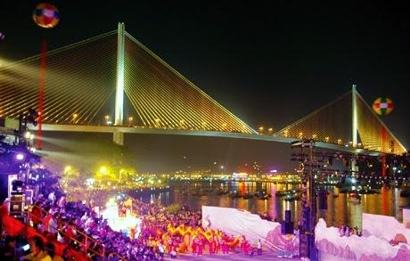 4.000 ve mien phi du Carnaval Ha Long 2015 hinh anh
