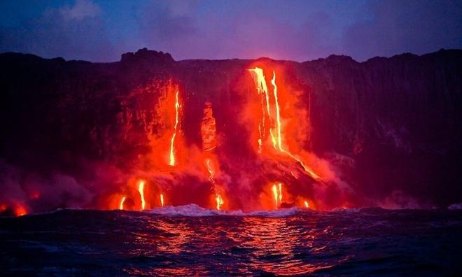 Chiem nguong ve dep cua vuon quoc gia nui lua Hawaii hinh anh 1 Vườn quốc gia núi lửa Hawaii là môi trường đa dạng từ ngọn núi lửa cao nhất cho đến nơi có mực nước biển thấp nhất. Ảnh: hilton.