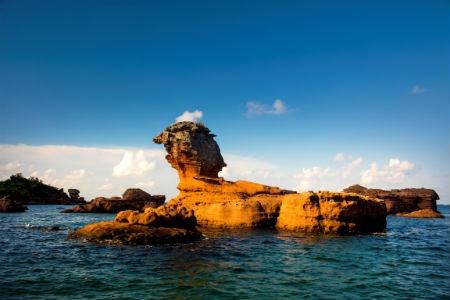 Ve dep hut hon cua bai Khem, Phu Quoc hinh anh 9 Nơi đây còn là một điểm câu cá, lặn ngắm san hô lý tưởng tại Phú Quốc.