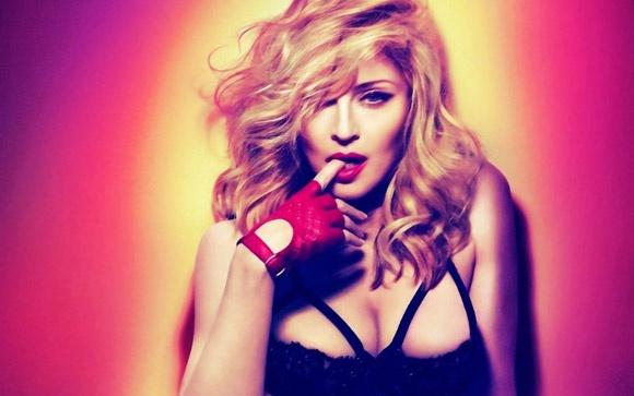 5 ca khuc 'kem duyen' nhat cua Madonna hinh anh