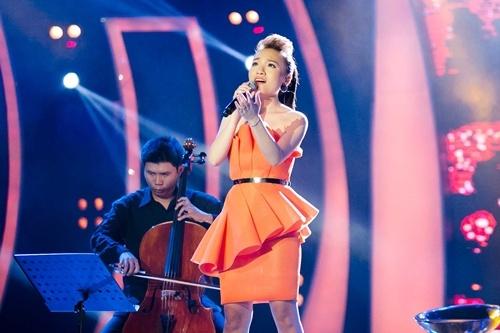Hot girl Vietnam Idol toa sang voi hit cua Vu Cat Tuong hinh anh