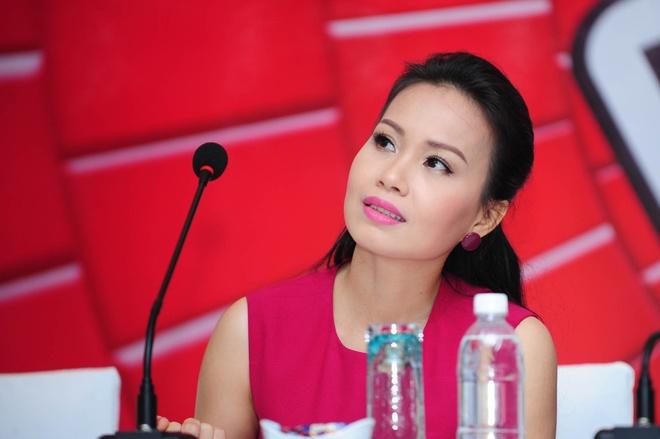 Cam Ly: 'Lo khong noi lai 3 huan luyen vien The Voice Kids' hinh anh 1