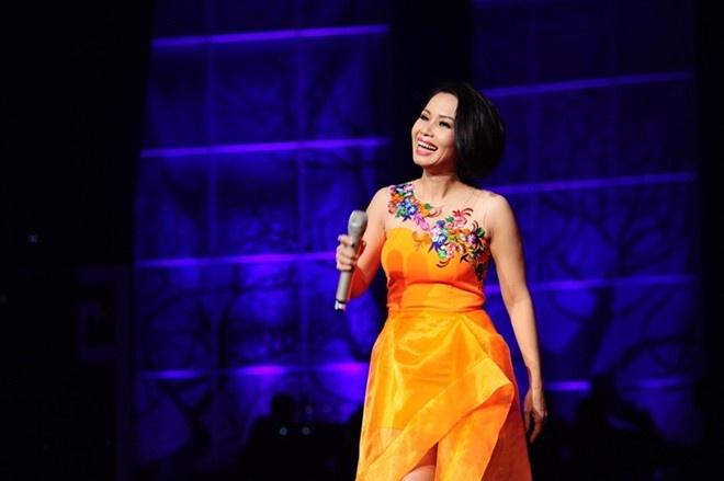 Cam Ly: 'Lo khong noi lai 3 huan luyen vien The Voice Kids' hinh anh 2