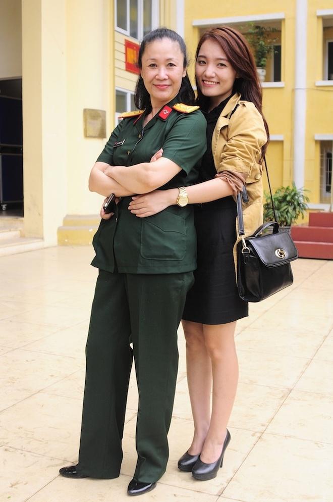 Minh Thuy Idol duoc khan gia que nha to chuc liveshow hinh anh 16
