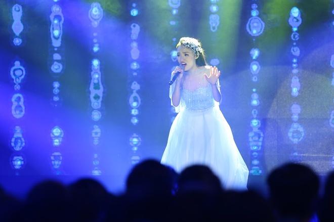 Nhat Thuy tro thanh quan quan Vietnam Idol hinh anh 18
