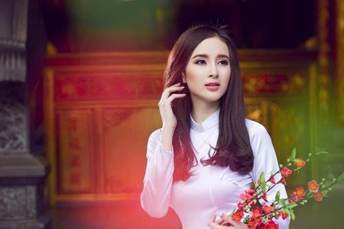 Top 4 stylist dung sau su toa sang cua my nhan Vbiz hinh anh 8