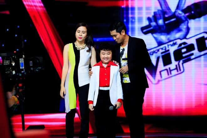 Hau truong do khoc do cuoi khong len song cua The Voice Kids hinh anh