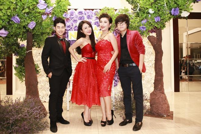 Minh Hang goi cam tham gia Gala nhac Viet hinh anh 14 Loki Bảo Long, Thái Trinh, Tiêu Châu Như Quỳnh và Bùi Anh Tuấn.
