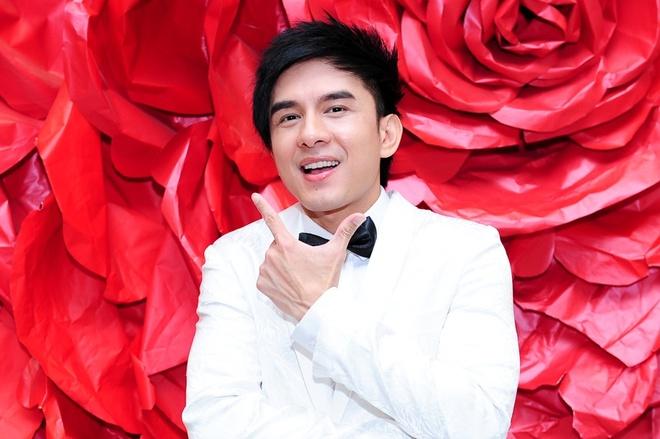Thien Nhan lam khach moi liveshow Dan Truong hinh anh
