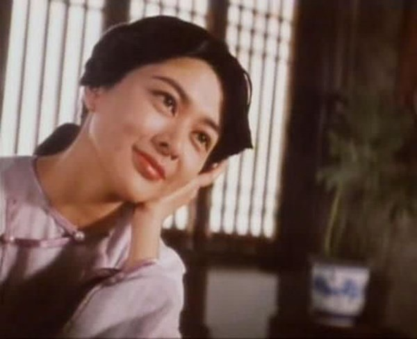 Hoang Phi Hong: 4 lan ket hon, 3 lan mat vo hinh anh