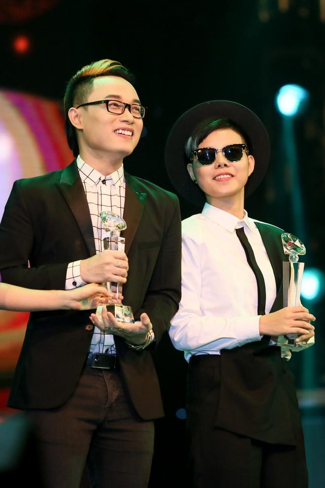 Ha Ho thang lon, Hoai Lam trang tay o Lan song xanh hinh anh 4