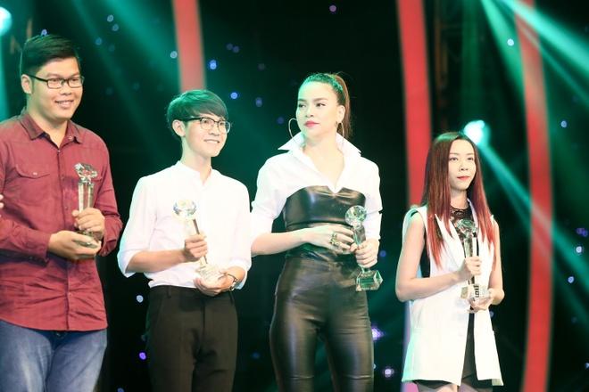 Ha Ho thang lon, Hoai Lam trang tay o Lan song xanh hinh anh 1