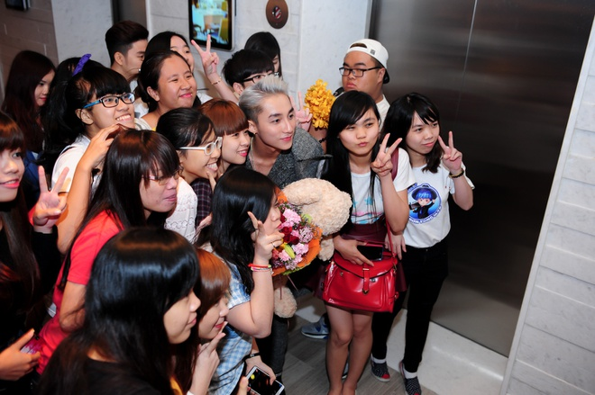 Son Tung M-TP duoc vinh danh giua bao scandal hinh anh 12