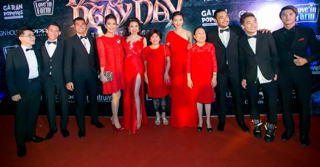 Dan sao Viet di xem phim moi cua Ngo Thanh Van hinh anh 1 j