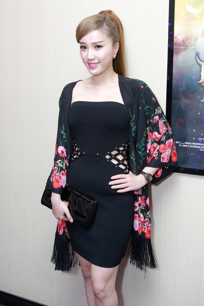 Dan sao Viet di xem phim moi cua Ngo Thanh Van hinh anh 16 fg