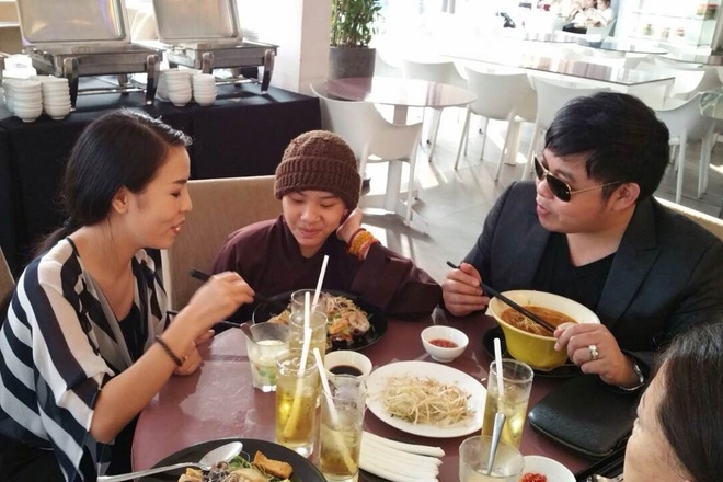 Sau Phuong My Chi, Quang Le nhan them con nuoi hinh anh
