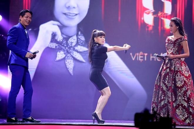 Viet Huong nhay vu dieu cong chieng cua Toc Tien hinh anh 2 s