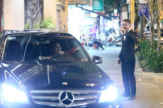 Kim Hien tu lai xe hop du bung bau 6 thang hinh anh 6