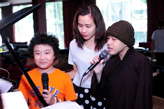 Cap doi 'Giang - Ho' bat ngo tro lai The Voice Kids hinh anh 2