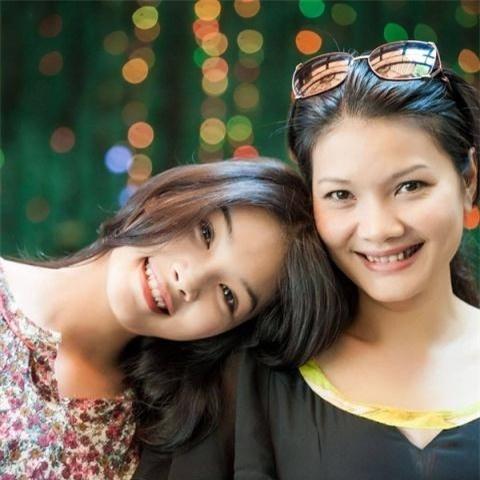 My nhan man anh co phan doi dau kho hon ca vai dien hinh anh 3 Kiều Trinh và con gái đầu lòng.