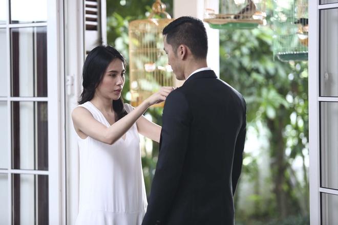 Thuy Tien xin phep Cong Vinh de hon Noo Phuoc Thinh hinh anh 1