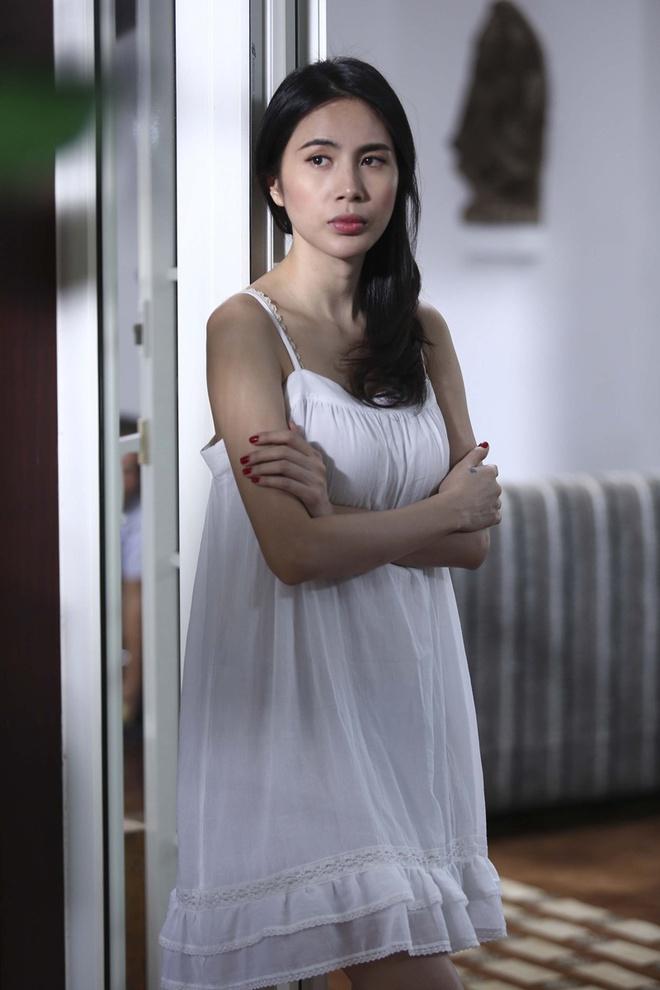 Thuy Tien xin phep Cong Vinh de hon Noo Phuoc Thinh hinh anh 5