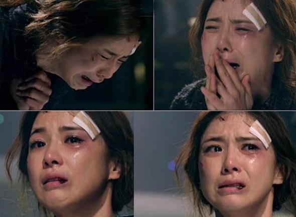 4 my nhan Han tu tu khong thanh tren man anh hinh anh 2 Soo Hyun gieo mình xuống hồ nước tự vẫn.