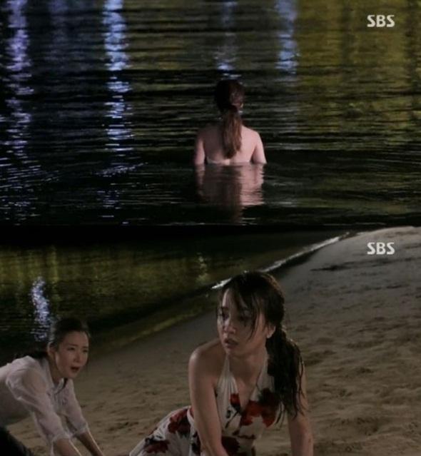 4 my nhan Han tu tu khong thanh tren man anh hinh anh 4 Na Hong Joo (Park Ha Sun) trở nên bế tắc khi vợ chồng cô bị phá sản.