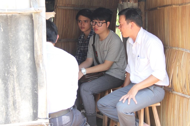 Duc Phuc trich tien thuong giup tre em ngheo hinh anh 2