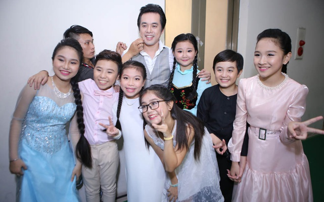 Quang Anh mac sanh dieu di xem The Voice Kids hinh anh 10
