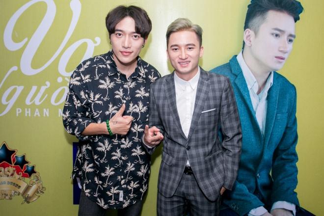 Ung Hoang Phuc dut cho Kim Cuong an giua hop bao hinh anh 7 s