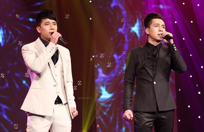 Hari Won, Bich Phuong doi lap phong cach tren san khau hinh anh 6 nhóm The Men trở lại trong chương trình cùng ca khúc hits của mình với Mất anh em có buồn.