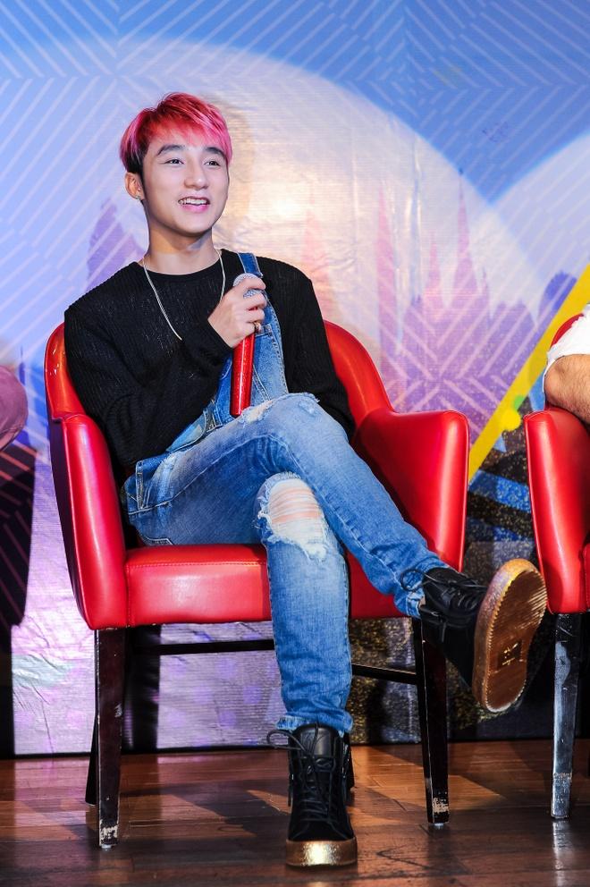 Son Tung M-TP chien thang vong DNA tai MTV EMA 2015 hinh anh 2