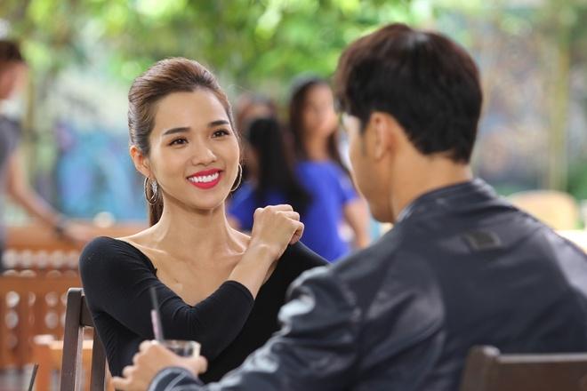 Kim Cuong - Ung Hoang Phuc dua tinh yeu ngoai doi len phim hinh anh