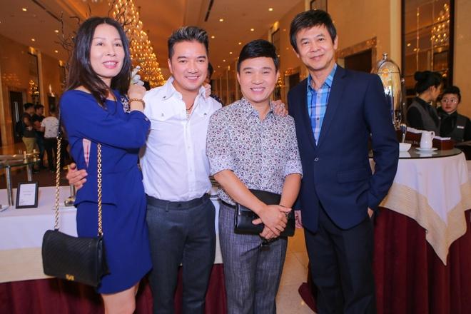 Dam Vinh Hung nhan danh hieu Ngoi sao chau A 2015 hinh anh 10