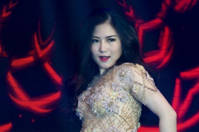 Thu Minh, Huong Tram nhay boc lua tren san khau hinh anh 3 s