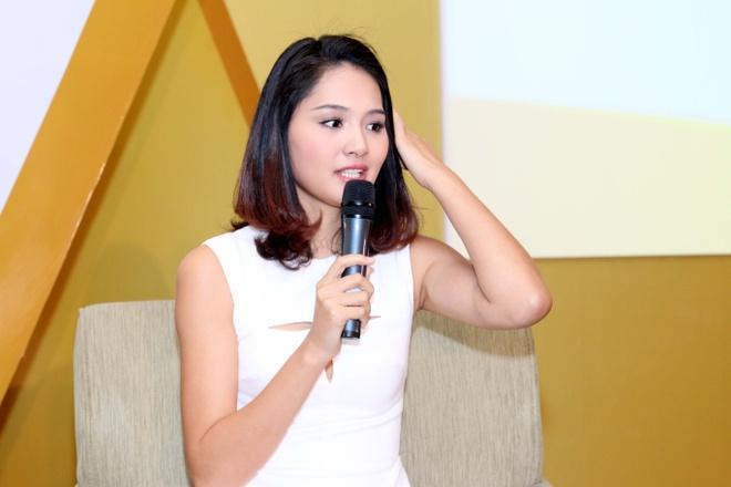 Hoa hau Huong Giang khoe con gai bu bam hinh anh 7