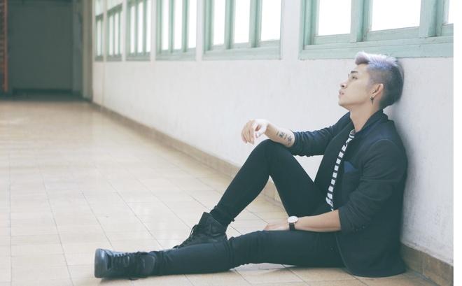Jun Pham (365) bi lam tuong gap tai nan khi quay MV moi hinh anh 2