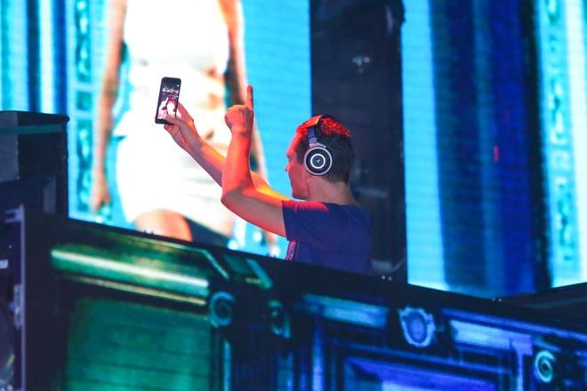 Sao Viet co vu Ha Ho va DJ noi tieng bieu dien hinh anh 6