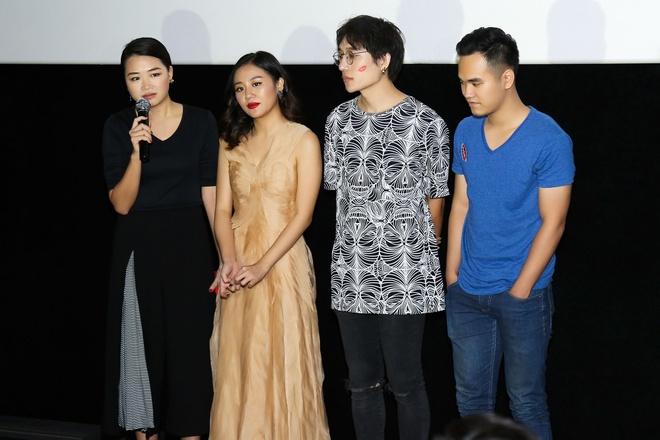 GD sang tao khang dinh MV cua Van Mai Huong khong dao nhai hinh anh 1 Giám đốc sáng tạo Hà Đỗ (bìa trái) trong ngày ra mắt MV Monalisa.